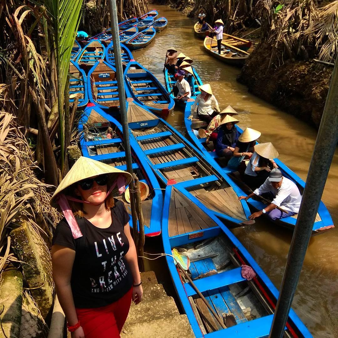 Plovidba jednim od bezbroj kanala u Vijetnamu